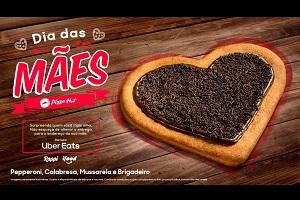 Semana das Mães da Pizza Hut terá pizza no formato de coração